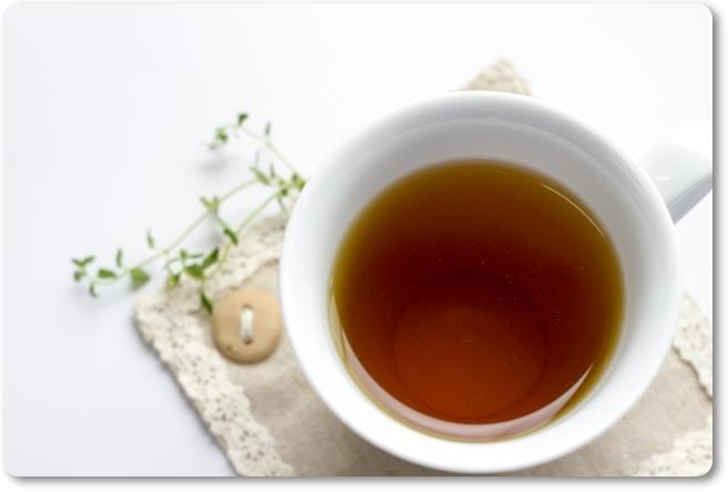 紅茶を飲む勇者